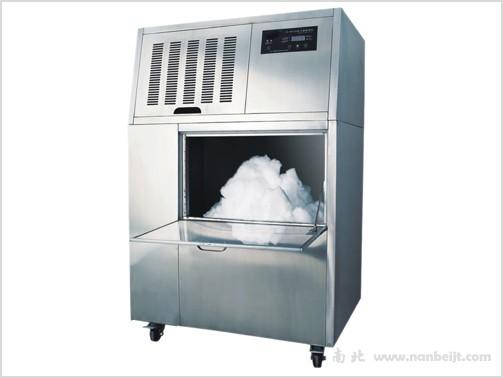 SM300制雪机